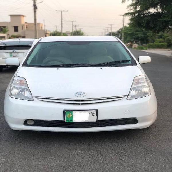 Toyota prius g 1.5 2006