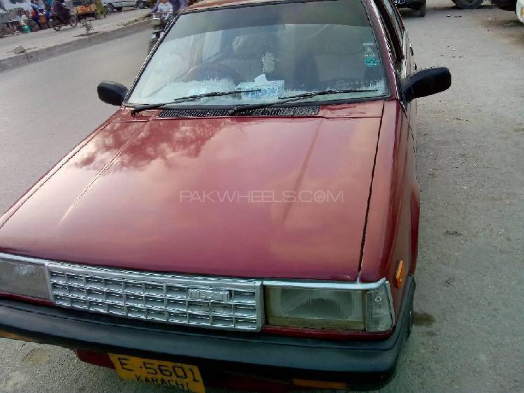 Nissan sunny ex saloon 1.3 1985