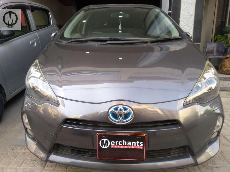 Toyota aqua g 2013