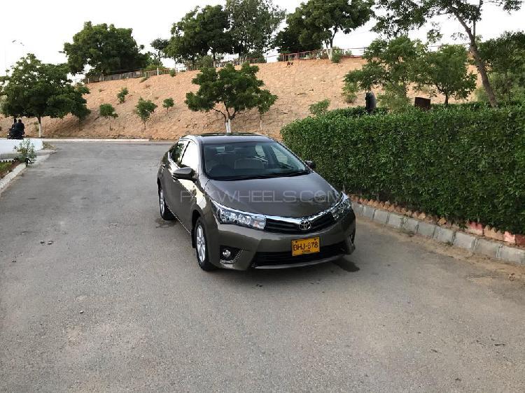 Toyota corolla altis automatic 1.6 2016