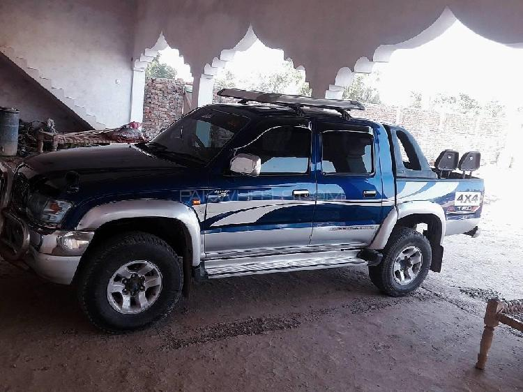 Toyota hilux double cab 2002