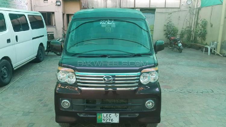 Daihatsu atrai wagon custom turbo r 2014