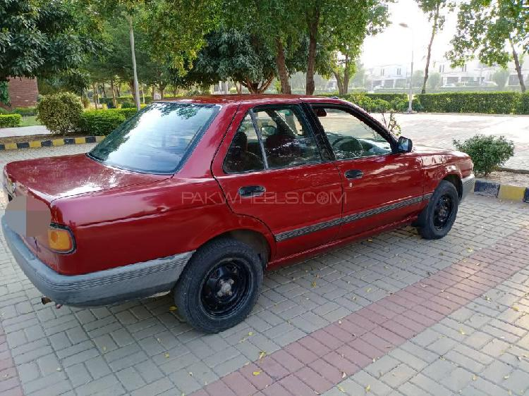 Nissan sunny ex saloon 1.3 (cng) 1992