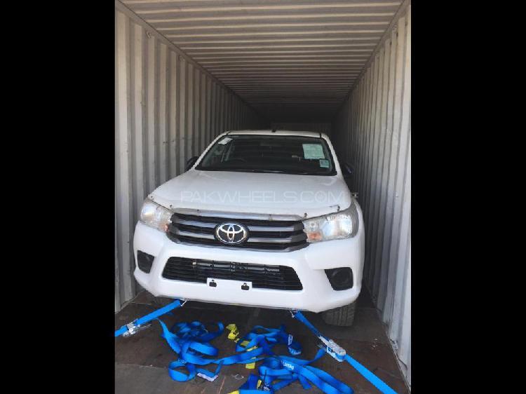 Toyota hilux revo g 2.8 2017