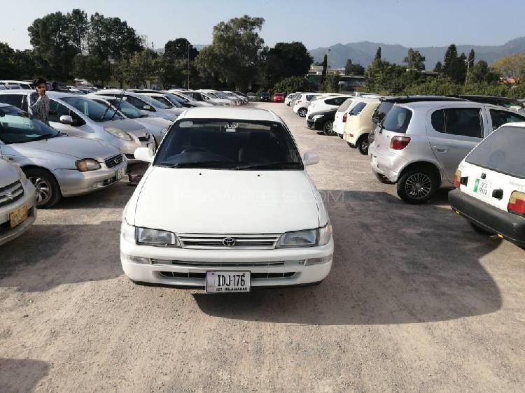 Toyota corolla xe 1998