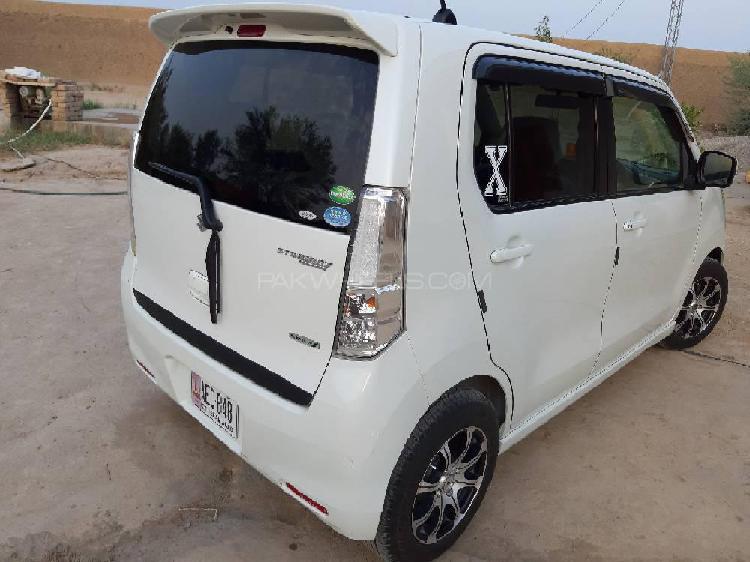 Suzuki wagon r stingray j style 2013