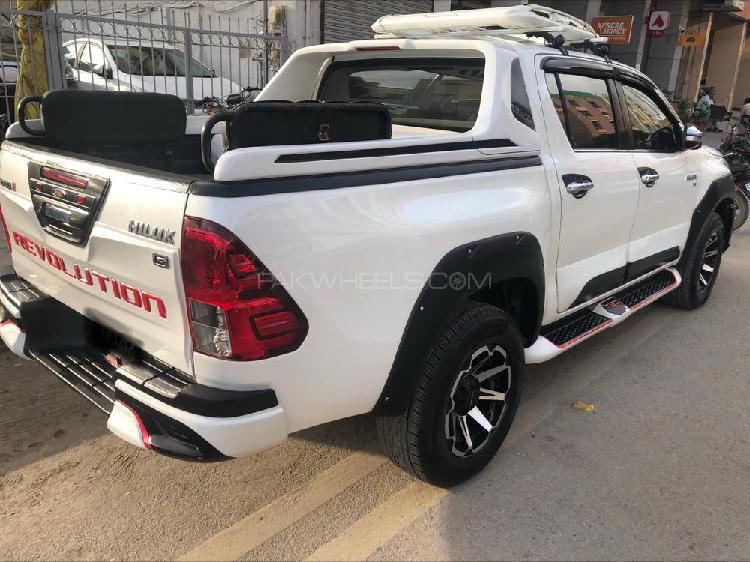 Toyota hilux revo g 2.8 2015
