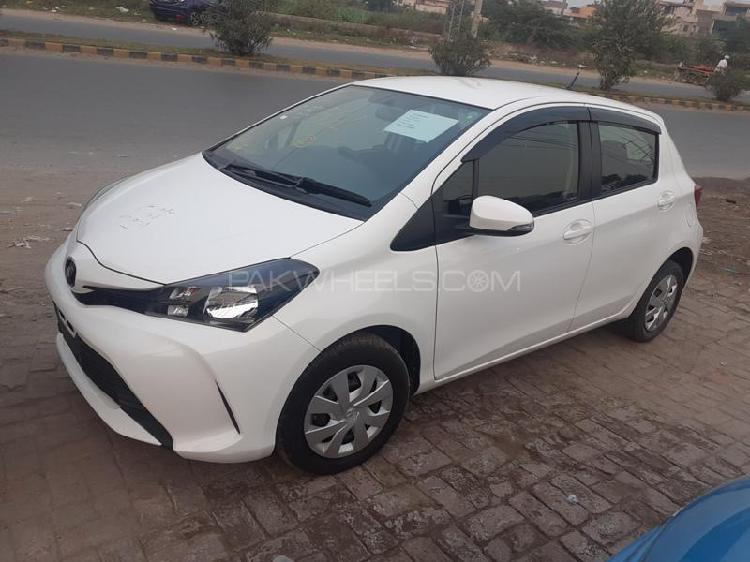 Toyota vitz f m package 1.0 2016