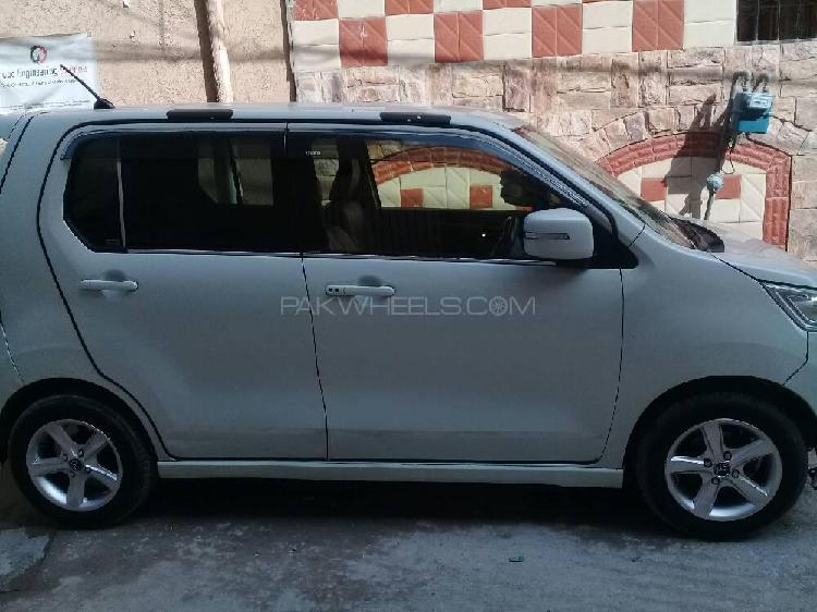 Suzuki wagon r stingray x 2014