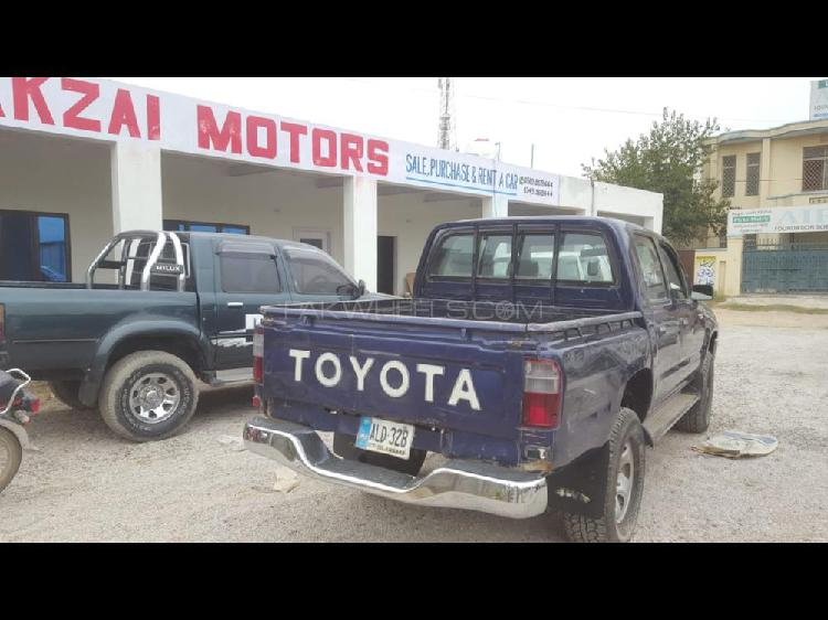 Toyota Hilux Double Cab 2003