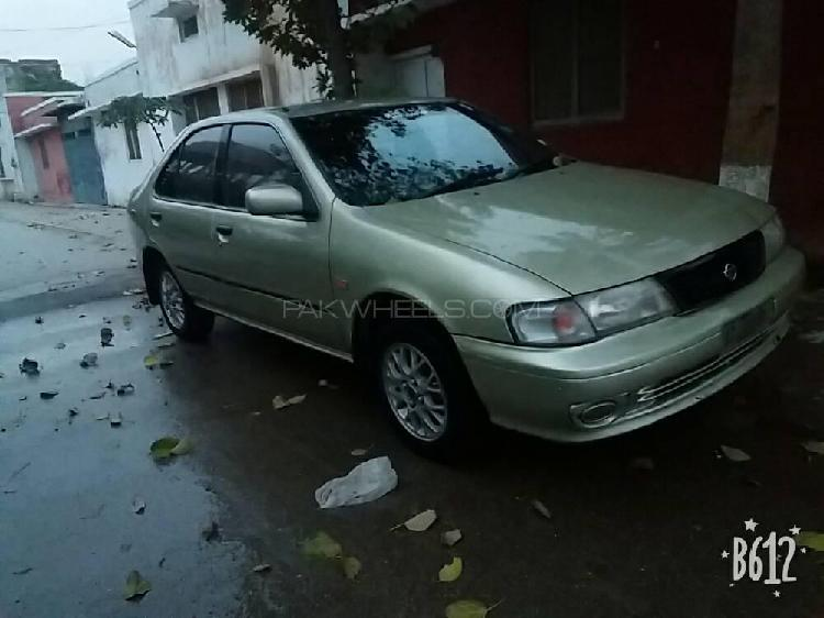 Nissan sunny ex saloon 1.3 (cng) 1998