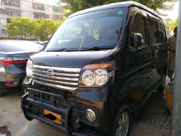 Daihatsu atrai wagon custom turbo r 2012