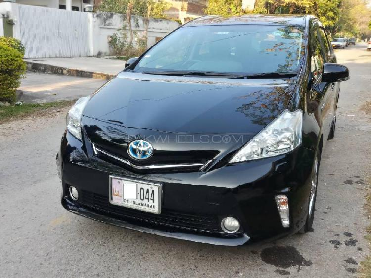 Toyota prius g touring selection leather package 1.8 2013