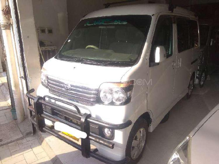 Daihatsu atrai wagon custom turbo r 2013