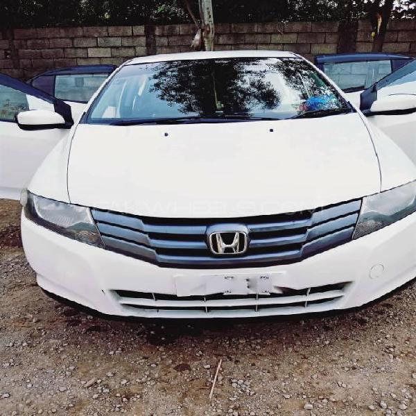 Honda city 1.3 i-vtec 2010