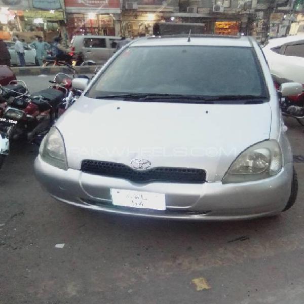 Toyota vitz f 1.0 1999
