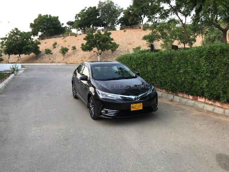 Toyota corolla altis cvt-i 1.8 2018