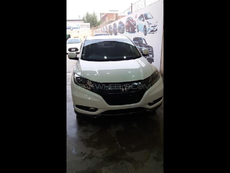 Honda vezel hybrid x l package 2014