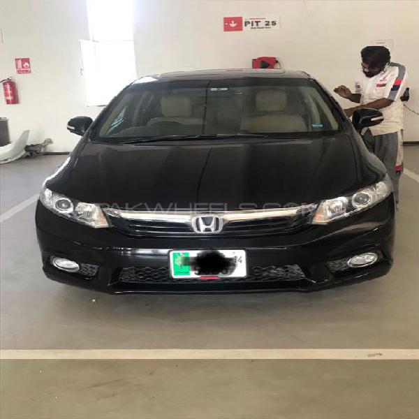 Honda Civic VTi Oriel 1.8 i-VTEC 2014