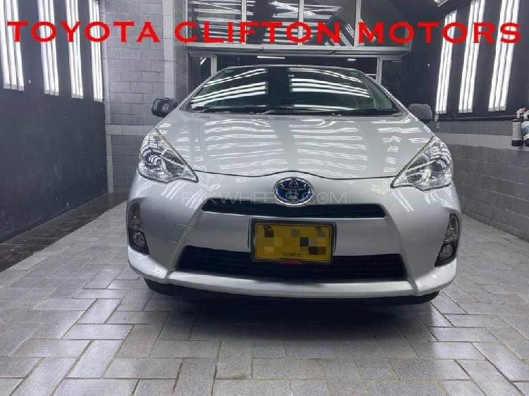 Toyota aqua g led soft leather selection 2014