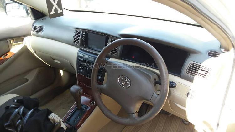 Toyota corolla se saloon automatic 2005