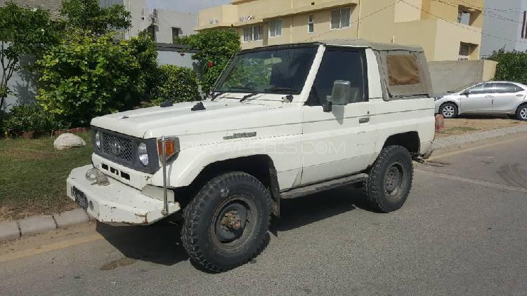 Toyota land cruiser rkr 1986