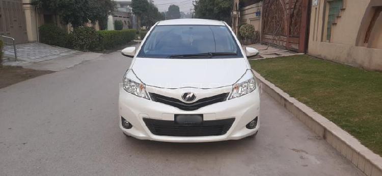 Toyota vitz u 1.3 2012