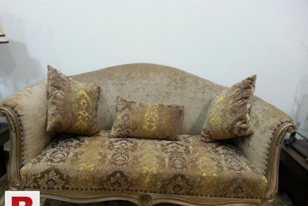 Antique golden style 5 seaters sofa for drawing room