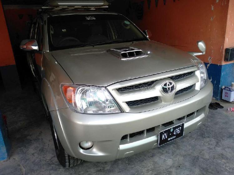 Toyota hilux vigo champ v 2005