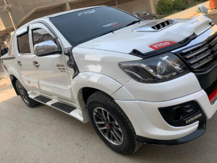 Toyota hilux vigo g 2012