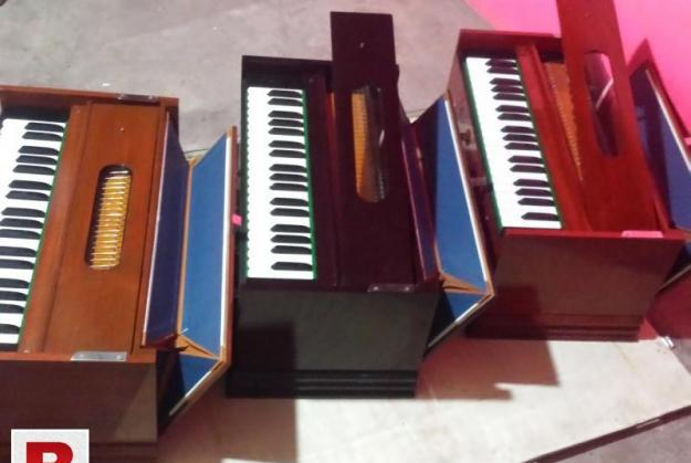 Master music harmonium maker indian