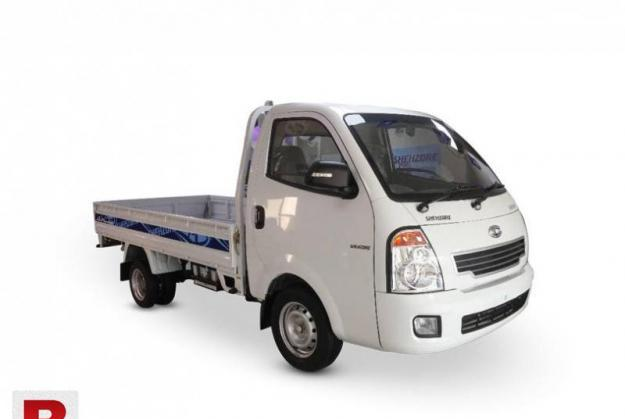 Shahzor mazda for rent to carry all types of luggage