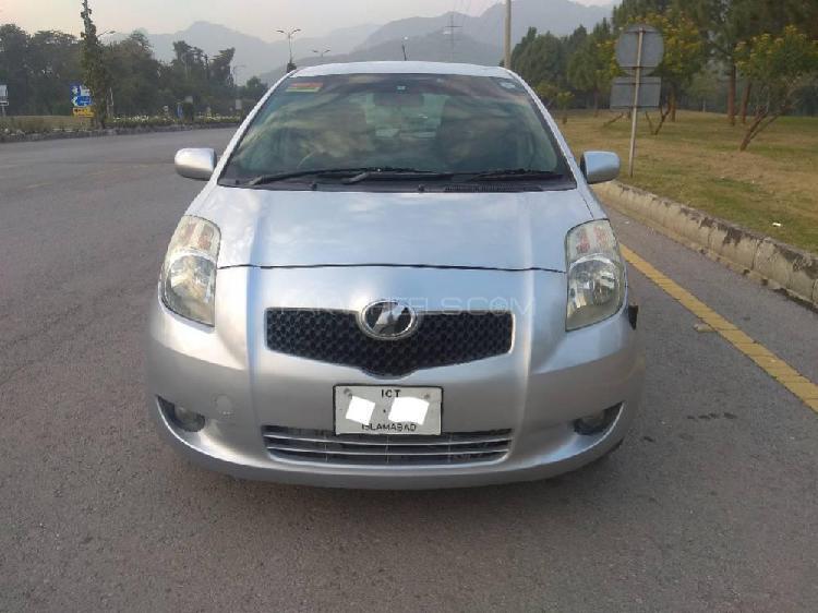 Toyota vitz f 1.0 2005