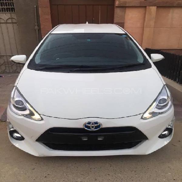 Toyota aqua s 2016