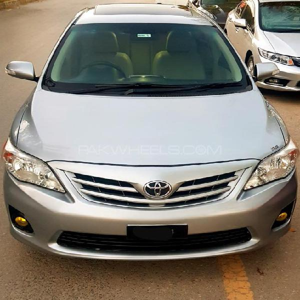 Toyota corolla altis sr 1.6 2013