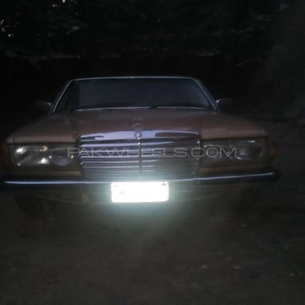 Mercedes benz 200 d 1977