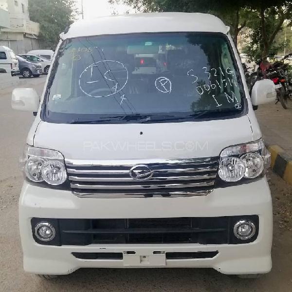 Daihatsu atrai wagon custom turbo rs limited 2014