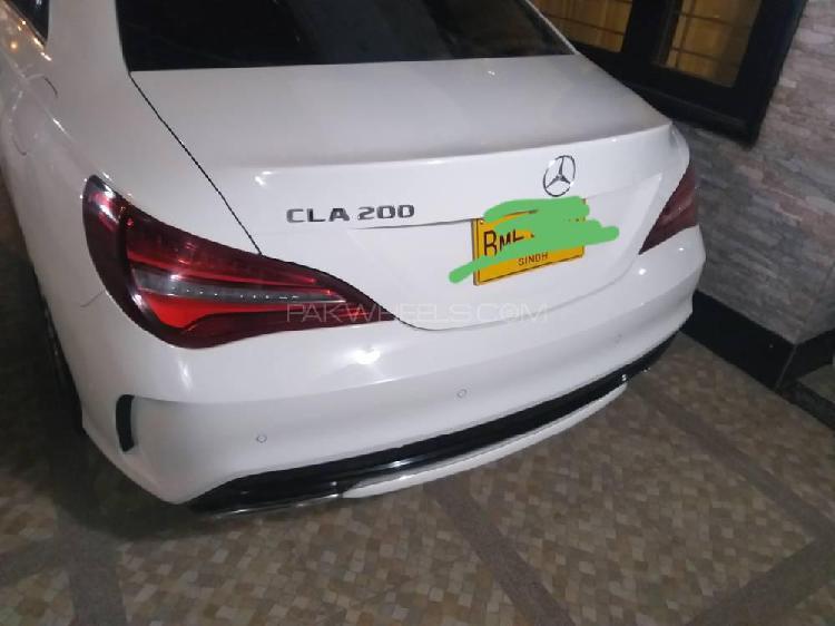 Mercedes benz cla class 2018