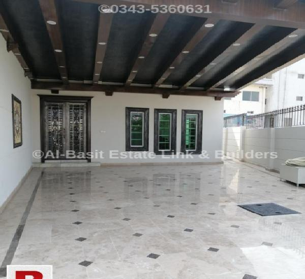 Kanal house upper portion is available for rent at dha 2