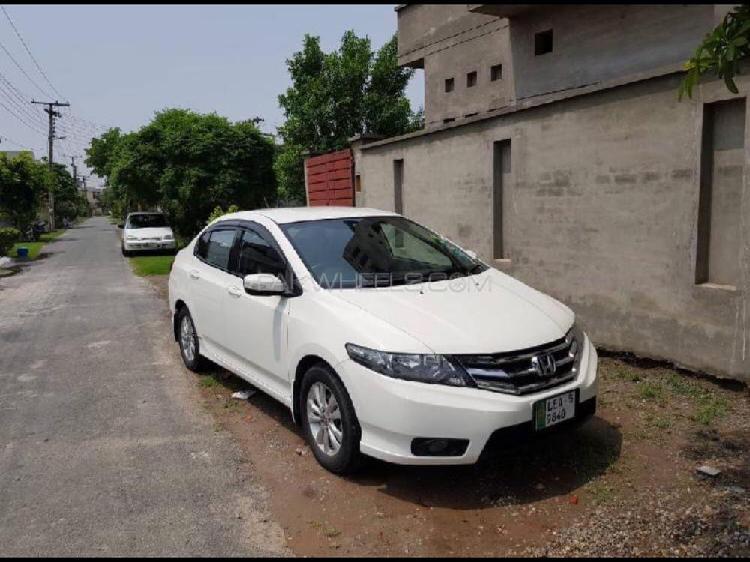 Honda city 1.3 i-vtec 2015