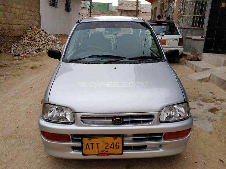 Daihatsu cuore cx ecomatic 2010