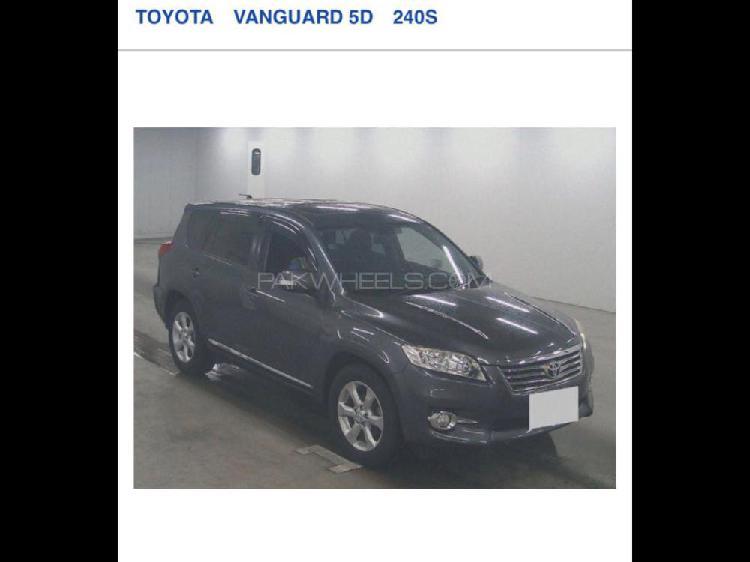 Toyota vanguard s g package 2012
