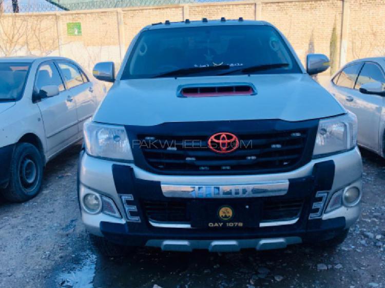 Toyota hilux vigo g 2011