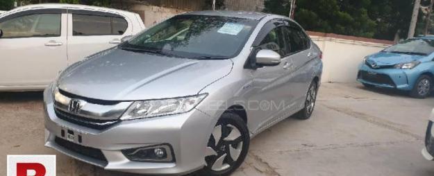 Honda Grace Hybrid DX 2015 Get On Easy Monthly Installment
