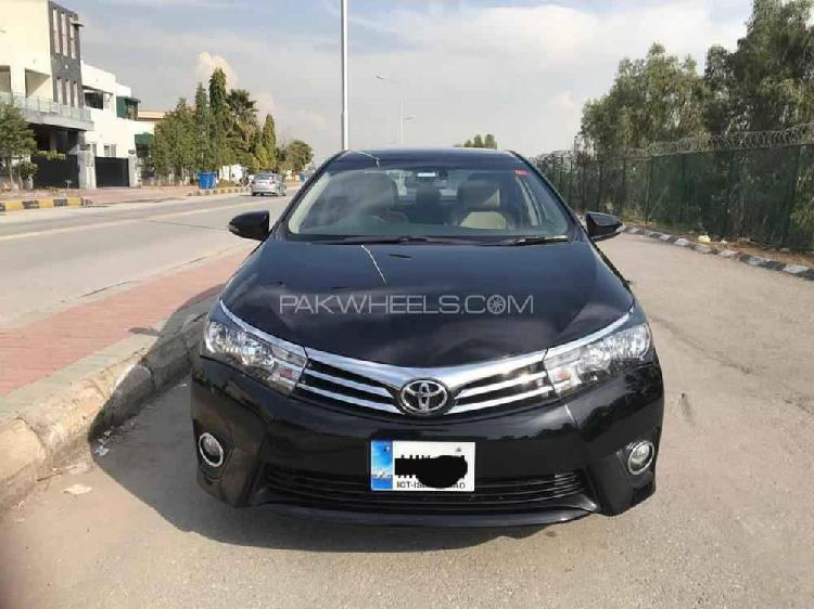 Toyota corolla altis grande 1.8 2015