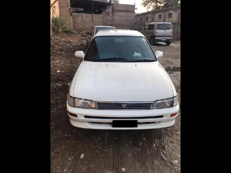 Toyota corolla g l package 1.5 2000