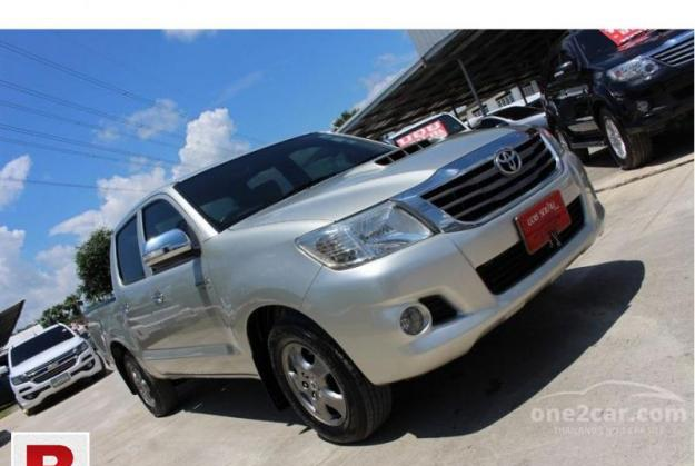 Toyota hilux vigo g 2012 get on easy monthly installment