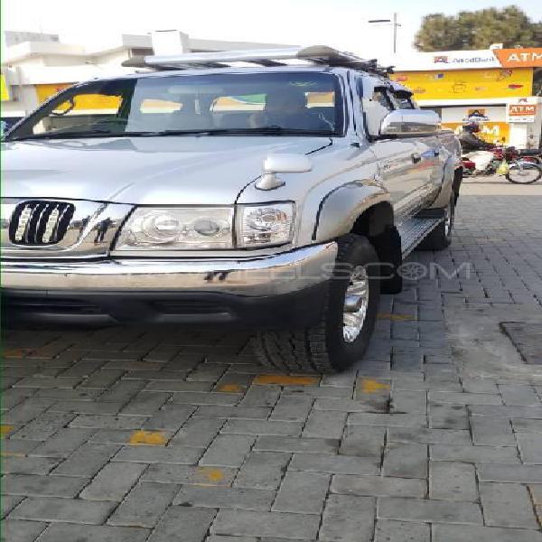 Toyota hilux tiger 2003