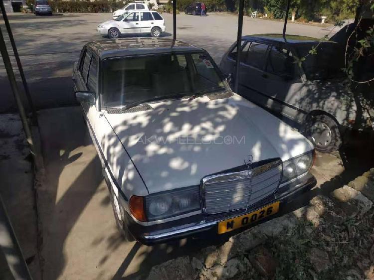 Mercedes benz d series 1979