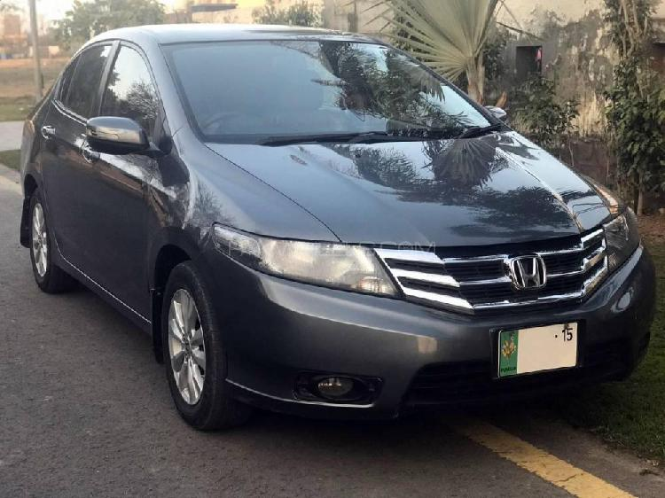 Honda city aspire 1.5 i-vtec 2015